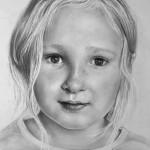 عکس های زیبا از طراحی چهره کودکان با مداد