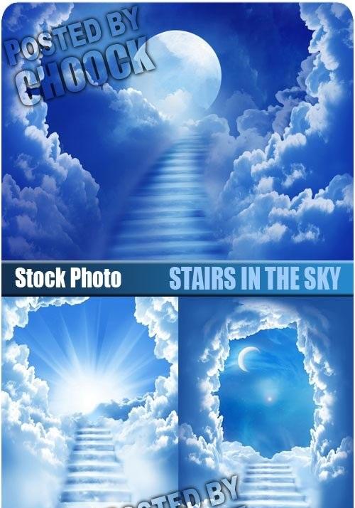 دانلود تصاویر استوک پله ای در میان ابرها Stairs in the sky - Stock Photo