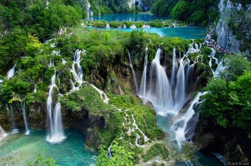 تصاویری از زیباترین دریاچه های دنیا